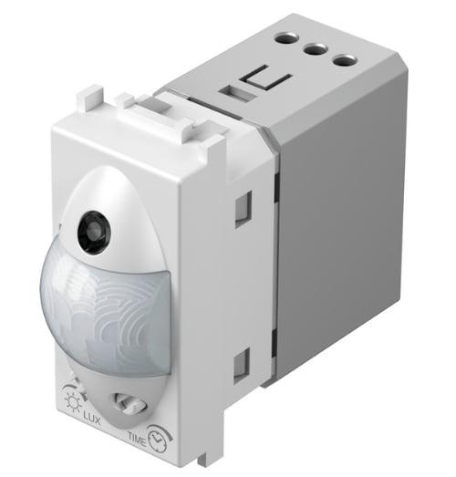 Інфрачервоний вимикач (датчик руху) 5А, 230В, 1 модуль, колір сніжно-білий EM31PW