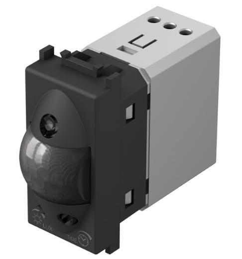 Інфрачервоний вимикач (датчик руху) 5А, 230В, 1 модуль, колір чорний матовий EM31SB