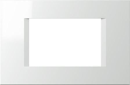 Декоративна рамка пластикова колір сніжно-білий серія Line італійський стандарт 3 модуля OL30PW