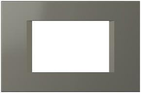 Декоративна рамка пластикова колір титан серія Line італійський стандарт 3 модуля OL30TI