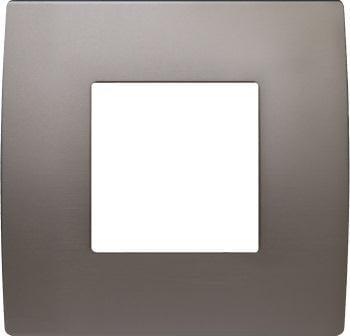 Декоративна рамка металева колір сатинований нікель серія PURE 2 модуля OP20MN