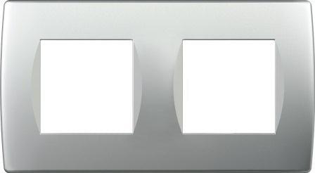 Декоративна рамка пластикова колір срібний металік серія Soft німецький стандарт 2х2 модуля OS24ES